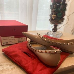 Valentino rockstud patent leather ballarina shoes